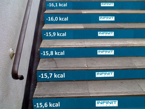 target-street-marketing-escalera.jpg